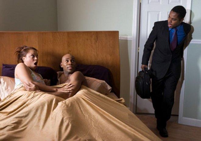 Что делать, если жена изменяет мужу