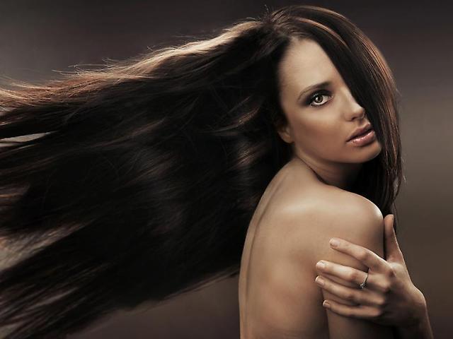 Натуральные накладные волосы – это роскошная прическа в домашних условиях