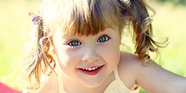 Причины появления черного налета на зубах у ребенка