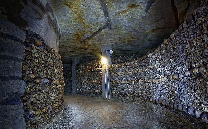 Мистические места нашей планеты: парижские катакомбы