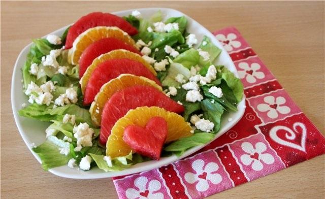 Салат из апельсина и арбуза