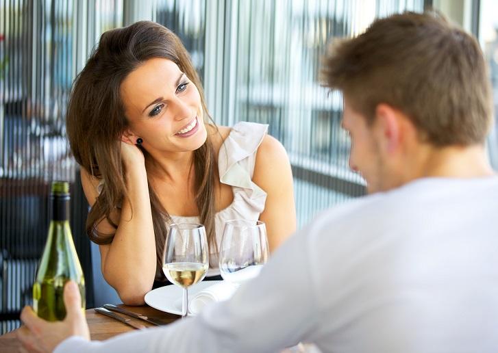 Что вызывает интерес у мужчин: секреты женской «манкости»