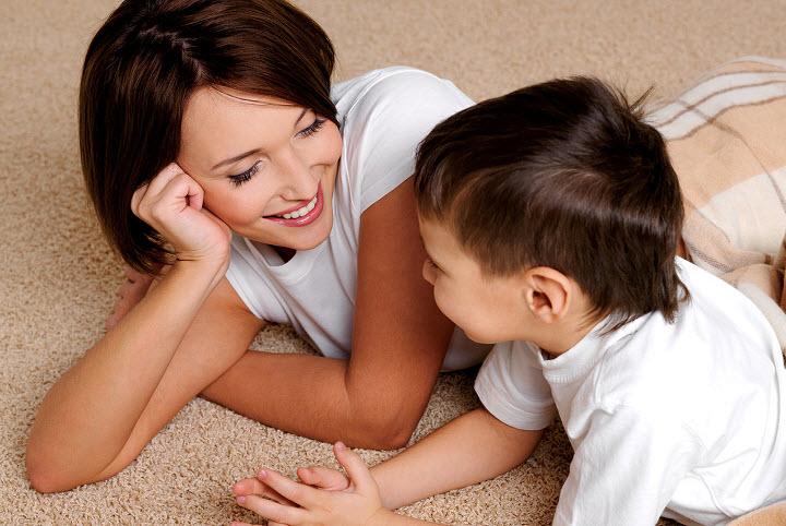 Как нужно общаться с ребенком?