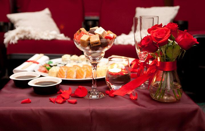 Как устроить романтик: способы привнести свежесть в отношения