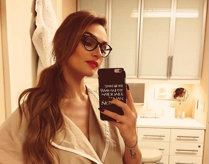 Алена Водонаева уменьшила грудь на 2 размера
