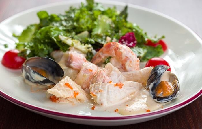 Романтический ужин: морепродукты в сливках