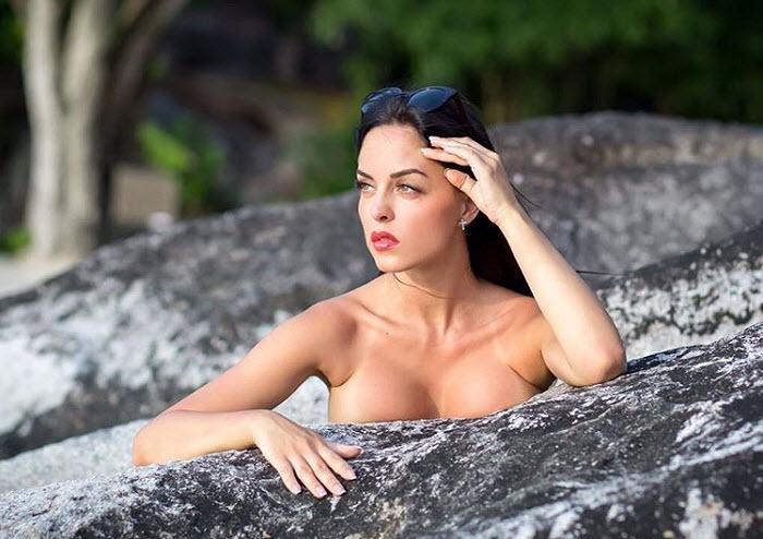 Участница «Дома-2» Юлия Ефременкова оказалась в центре секс-скандала