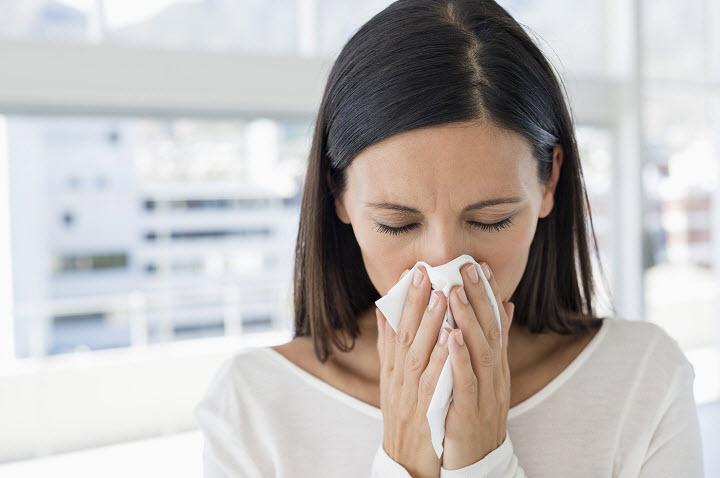 Насморк без простуды: неожиданные причины
