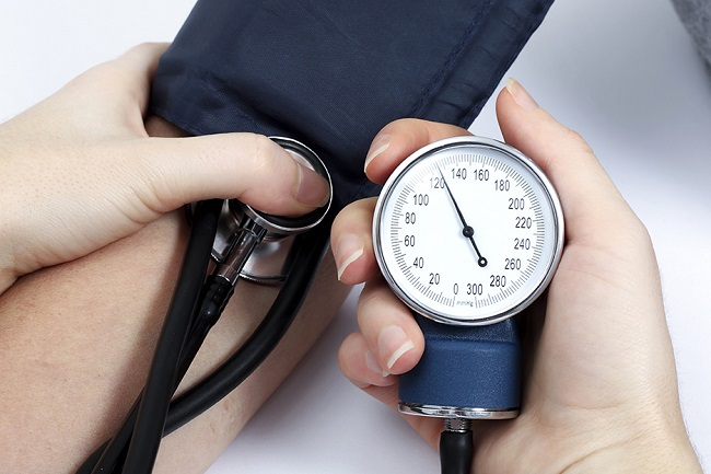 замеряем артериальное давление