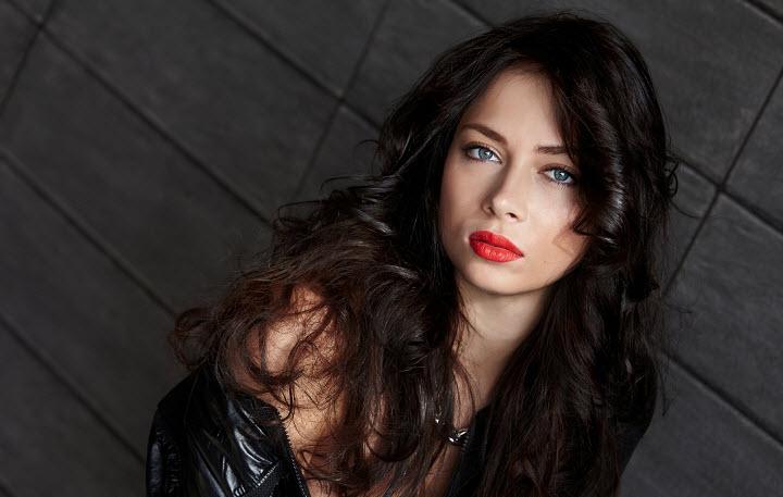 Настасья Самбурская обрушилась с критикой на создателей программы