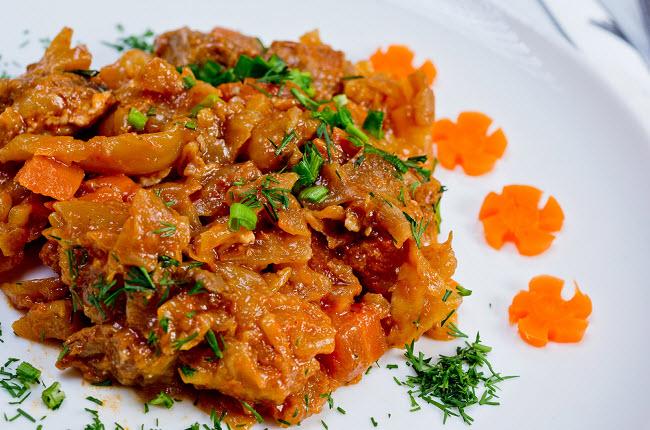 Рецепт мяса с грибами в сливочном соусе