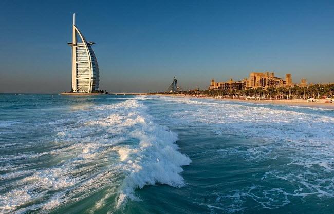Дубай море