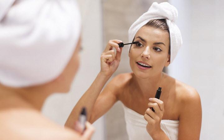 Как макияж поможет сделать кожу здоровой и сияющей
