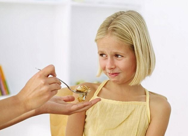 ребенок отказывается от завтрака