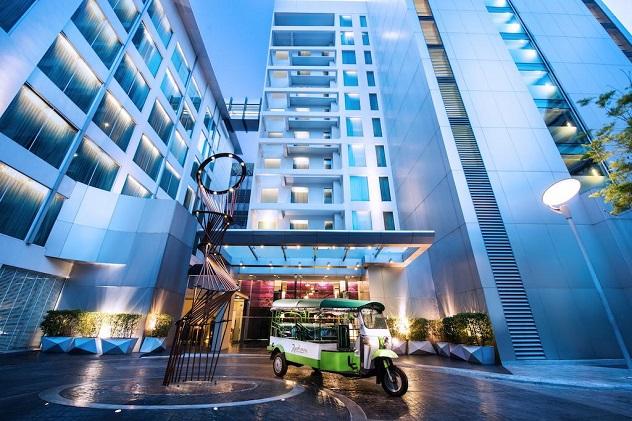 отель Radisson Suites Bangkok Sukhumvit