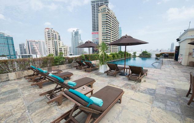 бассейн отеля Park Plaza Sukhumvit