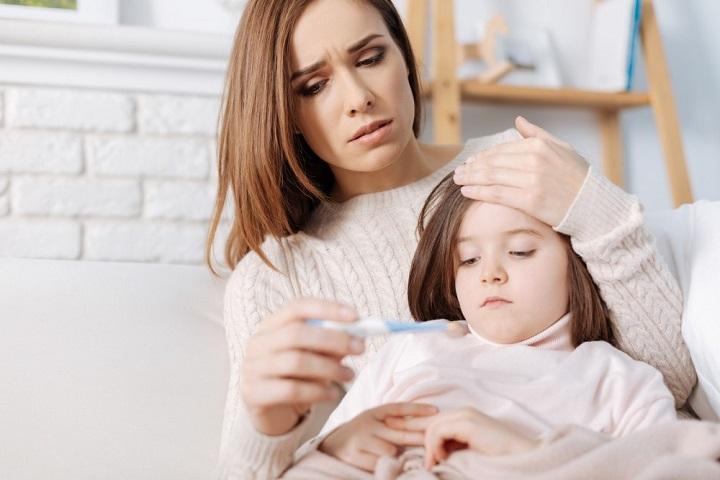 Как быстро сбить температуру у ребенка, избавиться от кашля и насморка