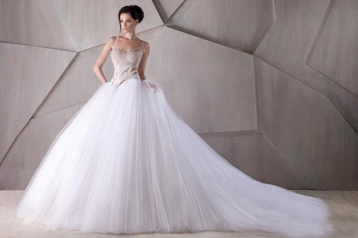 Свадебное платье со шлейфом - и вы королева бала!