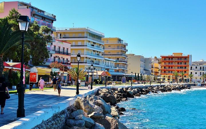 Лучшие отели в Лутраки (Греция) рядом с термальными источниками