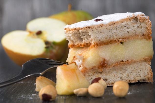 французский торт с яблоками