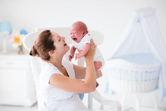 как лечить колики у новорожденных