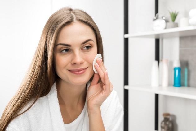 очищаем и ухаживаем за кожей лица