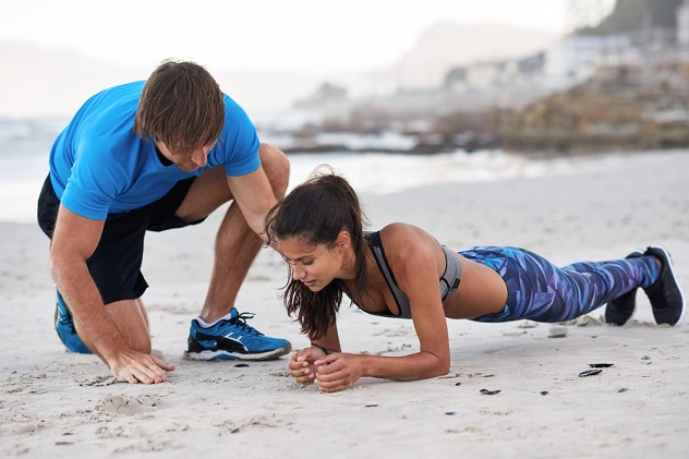 девушка планка упражнения для осанки